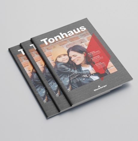 "Mockup of the Wienerberger Magazine ""Tonhaus"""