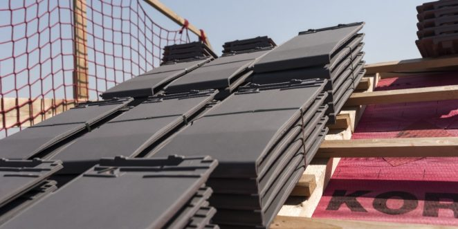 Roof installation of Actua clay roof tiles